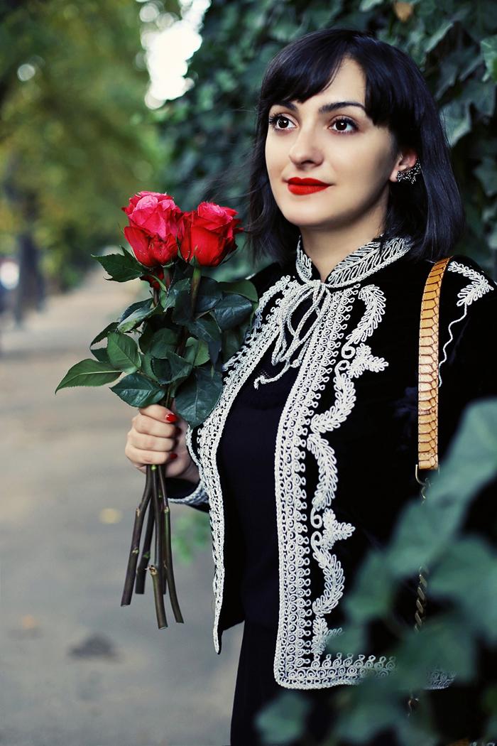 Morodan and her beautiful roses