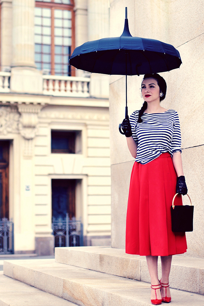 Ana-as-Mary-Poppins2