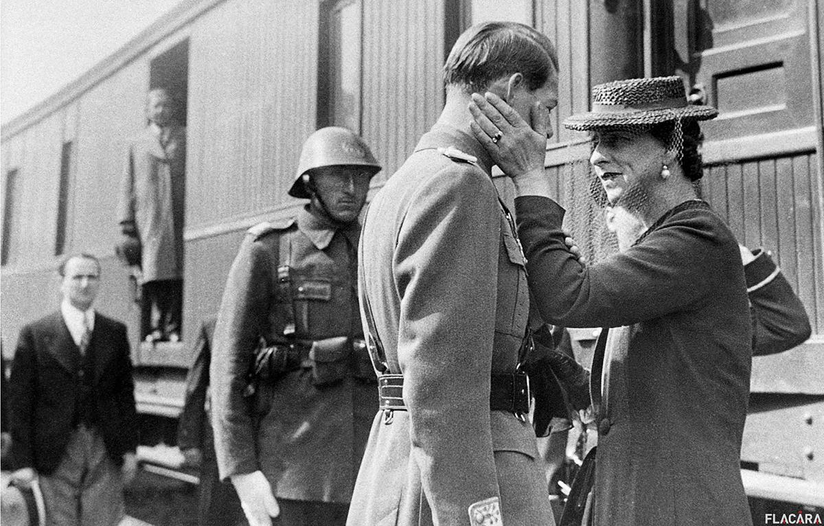 Regele-Mihai-si-Regina-Elena-gara-din-Jimbolia-1940