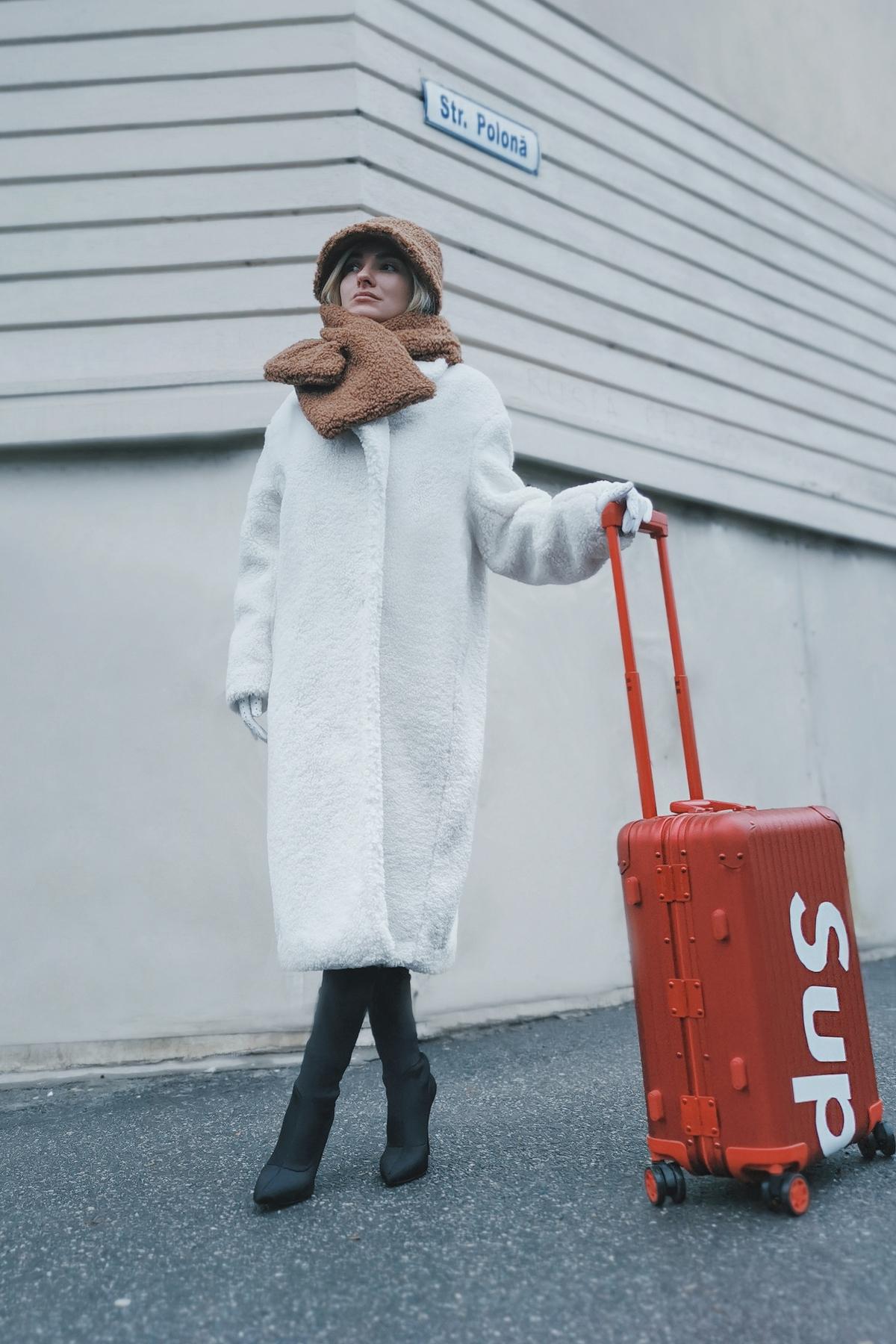 Ce faci cu bagajele atunci cand nu ai chef sa le cari tu