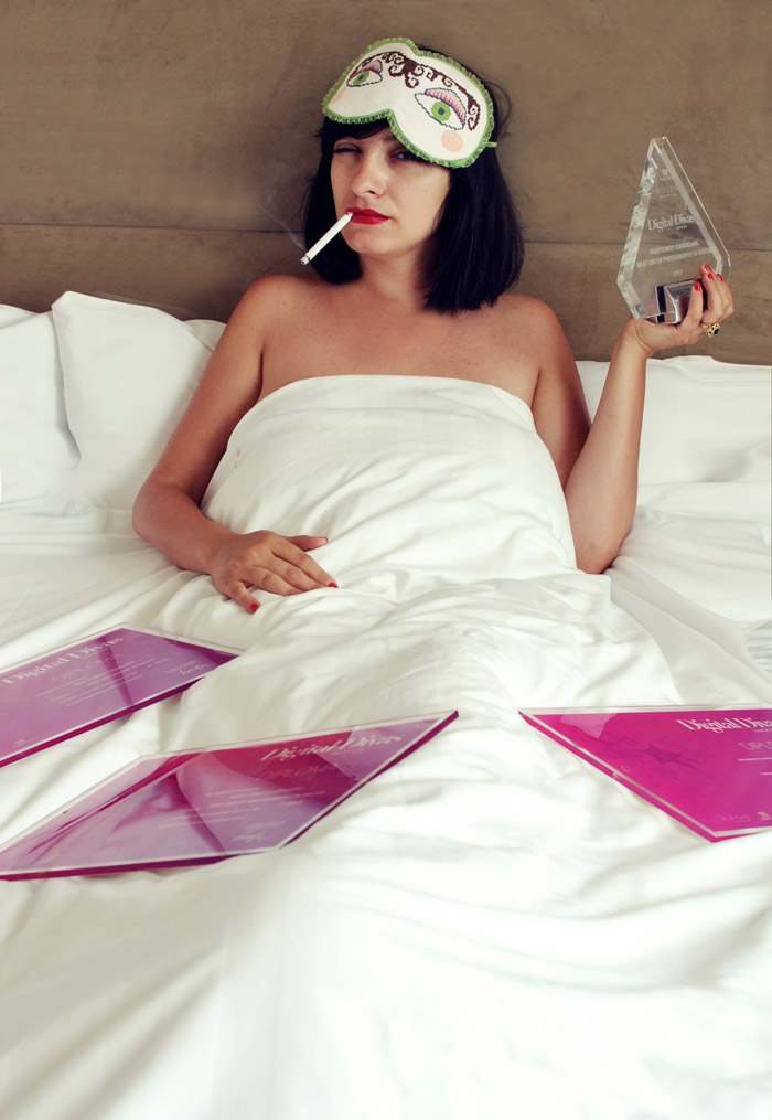 Morodan and her 3 prizes